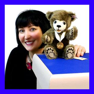 Anette Isaacs with an original Steiff Teddy Bear!